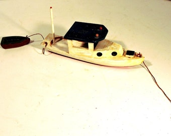Toy Lobster Boat Child's Toy Boat Vintage Nautical Child's Pull Toy