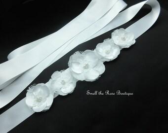 White Romantic Bridal Flower Sash,Wedding Flower Sash Belt,Wedding Accessories,Bridal Sash Belt