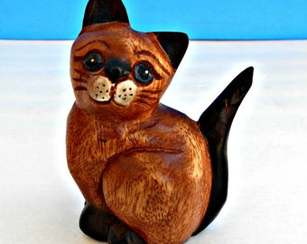 Carved Wooden Kitty Cat, Hand Carved, Cat Wood Art, Vintage Kitty Figurine, Kitty Cat Decor, Wooden Sitting Cat Figure, Siamese Cat,Handmade