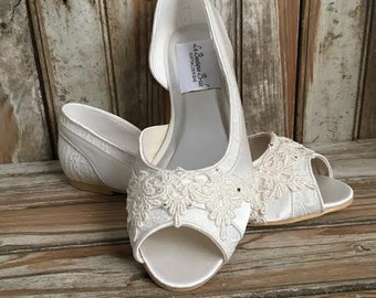 Bridal Lace Satin Flats Open Toe Beaded Lace Flats Peep Toe Wedding Shoe Pearls Crystals