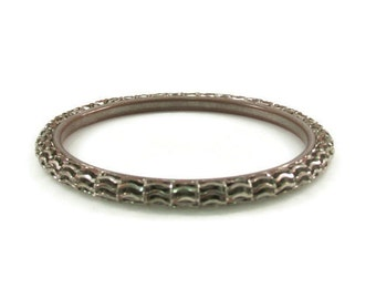 Wavy Chain Wrapped Silver Tone Bangle Bracelet