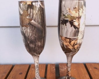 camo rustic wedding champagne glasses fully dipped Next camo