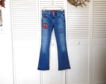 Patched Blue Jeans Peace Sign Patches American Flag Motif Upcycled Hippie Clothes Superlow Stretch Jeans Levis Boot Cut Size 5 jr