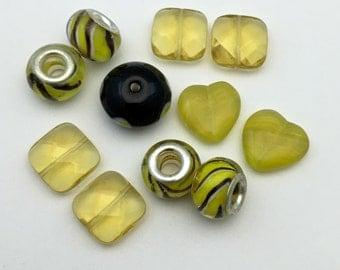 10 glass beads yellow mix  #PV141