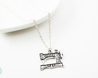 Sewing machine necklace, silver necklace, cute necklace, charm necklace, sewing machine, gift for mom, friendship necklace