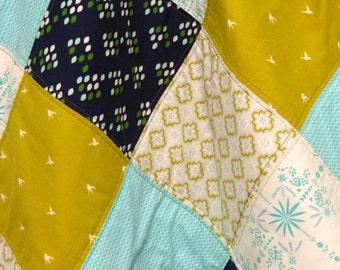 Gender neutral quilt, baby quilt mint, crib quilt mint, crib bedding mint, nursery bedding, nursery mint, baby quilt bird , baby quilt navy
