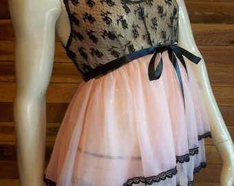 Vintage Lingerie PLAYTIME Mfg Co Pink Size Small Chiffon Babydoll Nightgown Set
