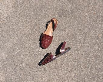 burgundy leather huaraches / 1980s huarache slingbacks / vintage woven sandals 7