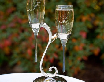 Personalized Champagne Flutes, Swirl Wedding Champagne Flutes, Unique Wedding Toasting Flutes, Custom, Engraved Champagne Glasses Engagement