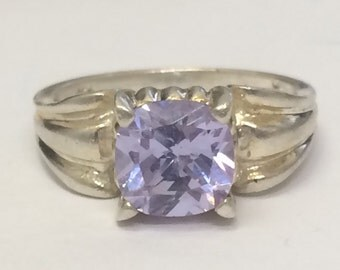 VINTAGE Sterling Silver 925 Purple Stone Solitaire Ring Size 8.5 STUNNING!