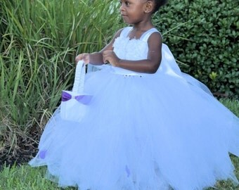 Flower girl dress - tulle flower girl dress- Tutu dress -Infant/Toddler - Pageant dress - wedding - Princess dress -White flower dress