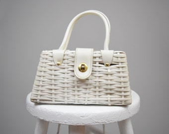 50s / 60s Small White Basket Weave Vinyl Wicker Purse // Perfect Spring & Summer Pinup Handbag, Jazz Age Lawn Party Picnic Style