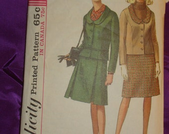 1960s 60s Vintage Mod Jacket w U Neck Round Collar n Pleated or A Line Skirt COMPLETE Simplicity Pattern 6177 Bust 32 Inches 81 Metric