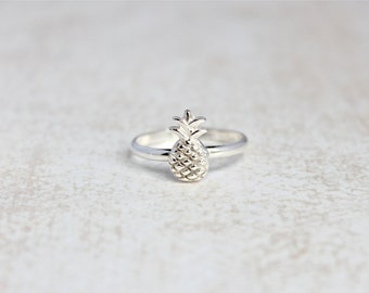 Pineapple Ring.  Sterling silver ring with tiny pineapple.  Simple minimal ring with fruit.  Beach tropical jewelry.