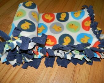 "Baby Goldfish in Circles Design Anti-Pill No-Sew Fleece Stroller / Car Seat / Carriage / Bassinet Blanket 24"" x 32"""