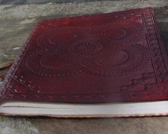 Handmade Leather Travel notebook Journal Diary Sketchbook Notebook Handmade Paper Hand Embossed