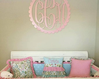 Painted Wooden Monogram - Wooden Initials - Wedding Gift - Housewarming Gift - Personalized Gift - Nursery Monogram - Wall Hanging - Scallop