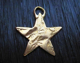Rustic Textured Artisan Star Charm and Pendant in Gold Bronze (one) (A)