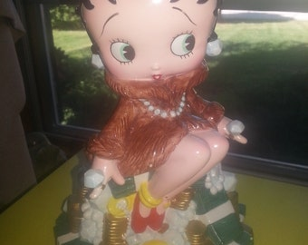 """Enesco King Features Syndicate Betty Boop """"Pile of Money"""" Bank CUTE!"""