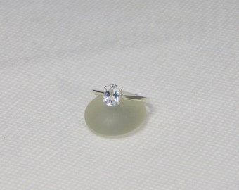 White Topaz Size 7 Sterling Silver Oval Ring