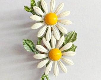 Vintage Flower Brooch- 1960's Pin