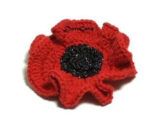 Poppy brooch, crochet poppy brooch, red crochet brooch, Beautiful Remembrance Day Poppy