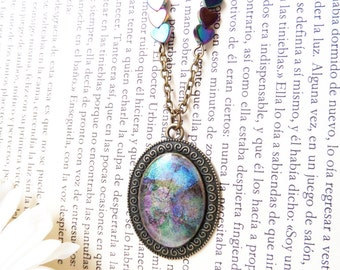 Gothic Aurora Borealis Pendant Iridescent Crystal Necklace Vintage Style Pendant Prism Necklace Antique Bronze Necklace Brass Chain Necklace