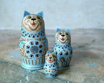 Russian cat matryoshka, babushka russian nesting doll (3 pcs.)