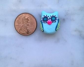 Very cool owl bead