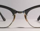 Vintage eyewear. Cat eye style. Made by Art Craft. USA. 1950's. Soft grey with silver trim. Gold filled frame. Mid century. Hipster. Artist.