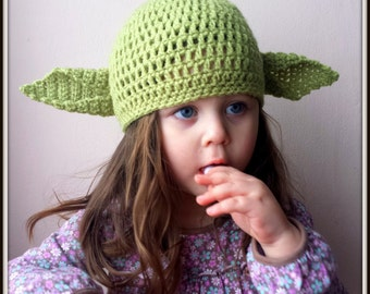 Crochet green alien  baby  hat, photo props costume ,yoda Hat ,photo prop hat beanie bonnet, party costume hat,fancy hat,party hat,star wars