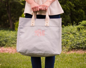 Monogrammed Tote Bag | Wedding Pack | Bridesmaid Gift | Canvas Tote | Beach Bag | Monogrammed Bag | Shopping Tote | Wilmington TOTE