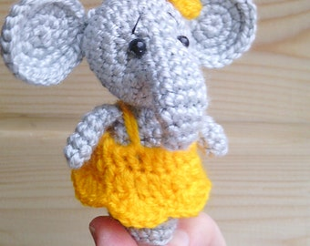 Puppet elephant, girl doll,soft toy elephan, crochet finger puppet,collectible elephan , Safari animals, amigurumi elephant puppet, soft toy