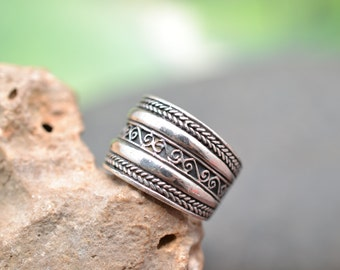 Heavy Vintage Sterling Silver Textured Cigar Band Ring