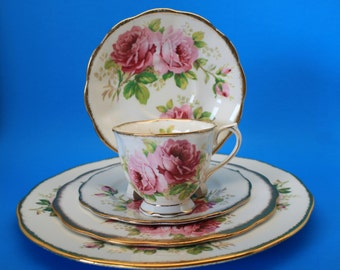 American Beauty Five Place Setting by Royal Albert