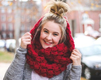 Woolly Mammoth Bulky Infinity Scarf / Chunky Scarf / Cranberry Scarf / Christmas Gift