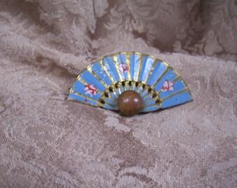 Vintage Metal Fan Pin Brooch