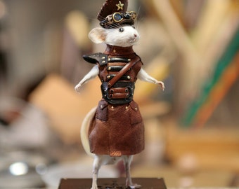 Taxidermy Mouse Steampunk Captain Maynard