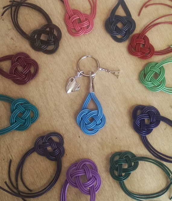 Celtic Knot Keychain Wedding Favors Leather By IntertwinedbyLBH
