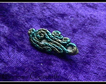 Green & Gold Tentacle Brooch - Abstract Tentacle Brooch - Cthulhu Brooch - Kraken Brooch - Tentacle Pin - Cthulhu Pin - Kraken Pin