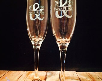 Etched Champagne Flutes | Bride and Groom Glasses | Bride Groom Champagne Wedding Etched Glass Newlyweds Bride Groom Wedding Party