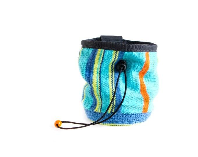 Climbing Bag. Chalk Bag for Bouldering and Climbing. Climbing Gear Handmade - Knitted (Crochet) Chalkbag, M Size