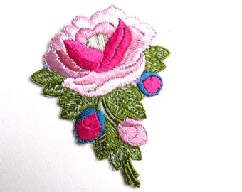 Flower applique, 1930s vintage embroidered applique. Vintage floral patch, sewing supply. #641G86K16