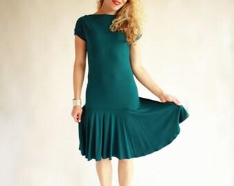 Green bodycon dress with full circle skirt, short sleeve mermaid dress, close fitting dress, casual midi dress green, knee length dress