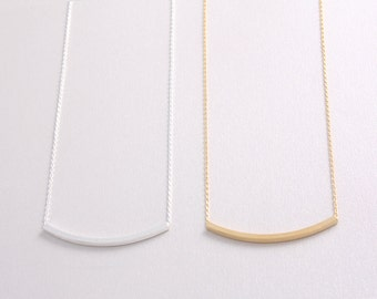 Sideways Curved Bar Pendant Necklace