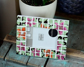 Mosaic frame floral / mosaic picture frame/ mosaic photo frame/ frames/ mosaic/ wall decor/ gift idea/ gift for her/ flowers/ garden flowers
