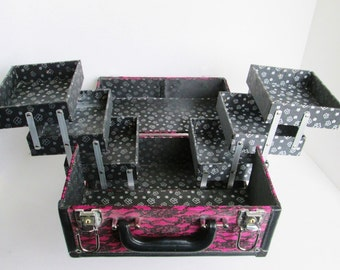 Caboodles Train Case, Pink with Black Lace, Makeup Organizer, Vintage Purse, Cosmetic Travel Box, Sewing Storage Jewelry Jacquard Lining