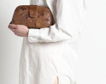Vintage 50s Brown Patchwork Toad Skin Rounded Capsule Clutch