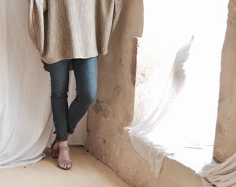 Loose Tunic in Natural Oatmeal Woven Fabric / Dolman Raglan Sleeved Top / Frayed Slouchy and Oversized