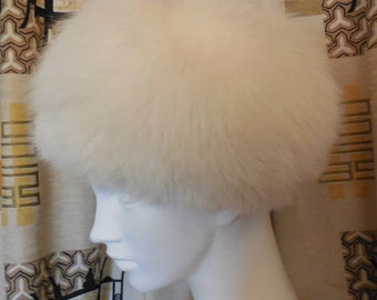 Vintage Fur Hat Fluffy White Arctic Fox Fur Hat Cossack Pillbox Apres Ski Mod Boho 21.5 in